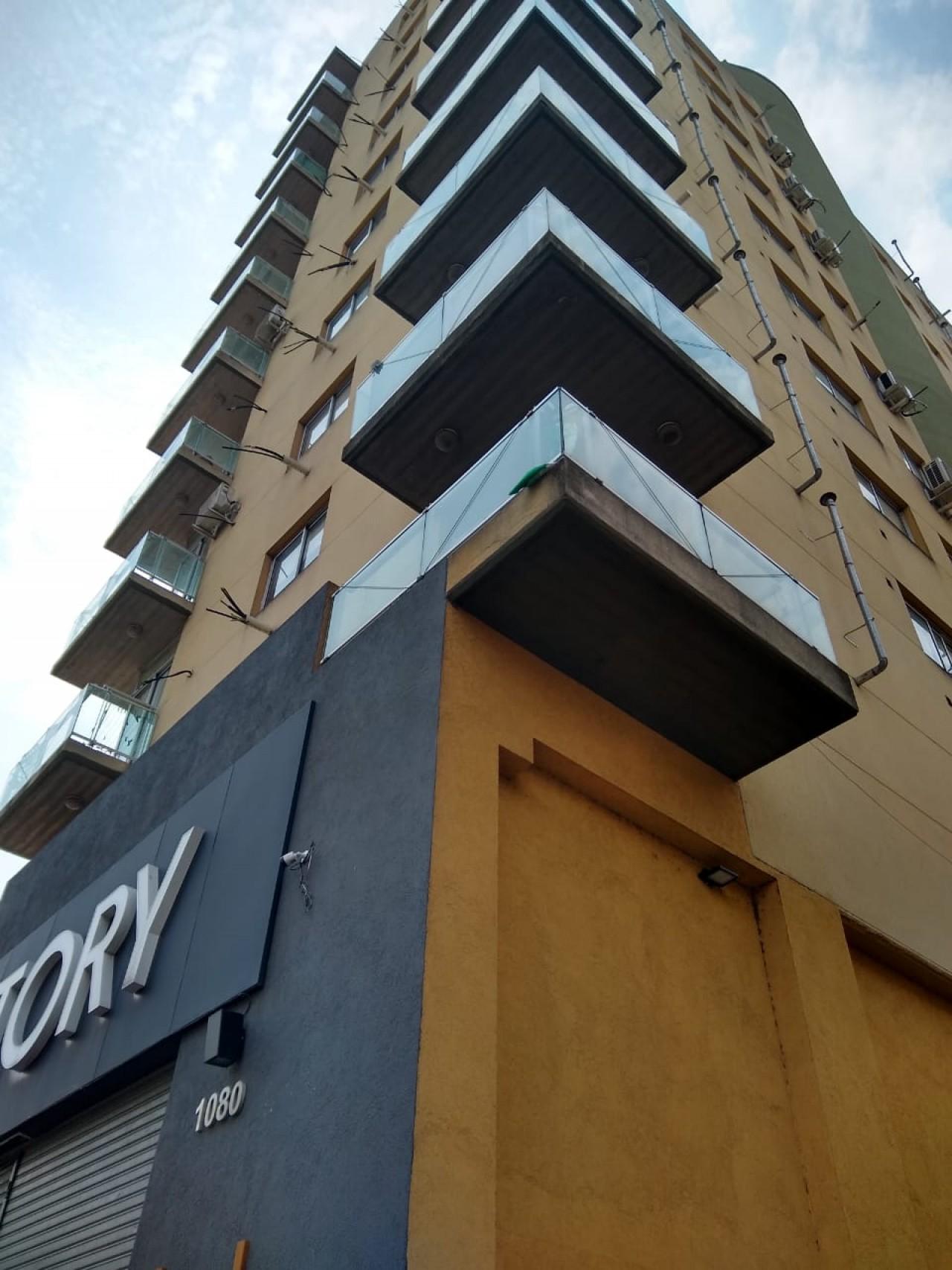 Edificio Marsella V/  3  Ambientes Con Cochera Cubierta en Subsuelo- Pte. Perón Al 1000-MUÑIZ.