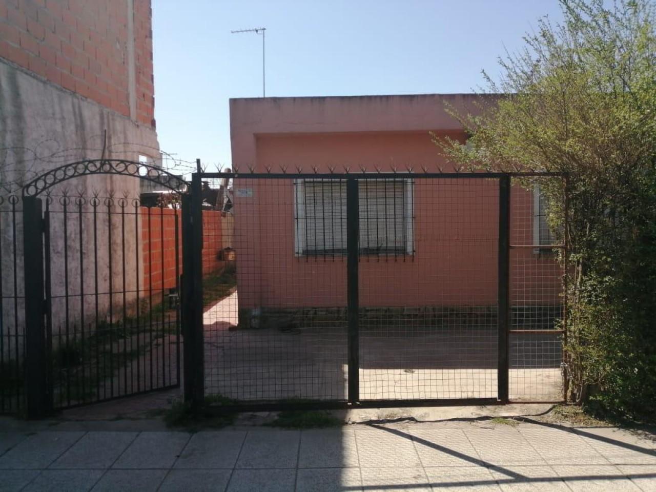 Casa en Venta - Mansilla 1378 (José Clemente Paz)