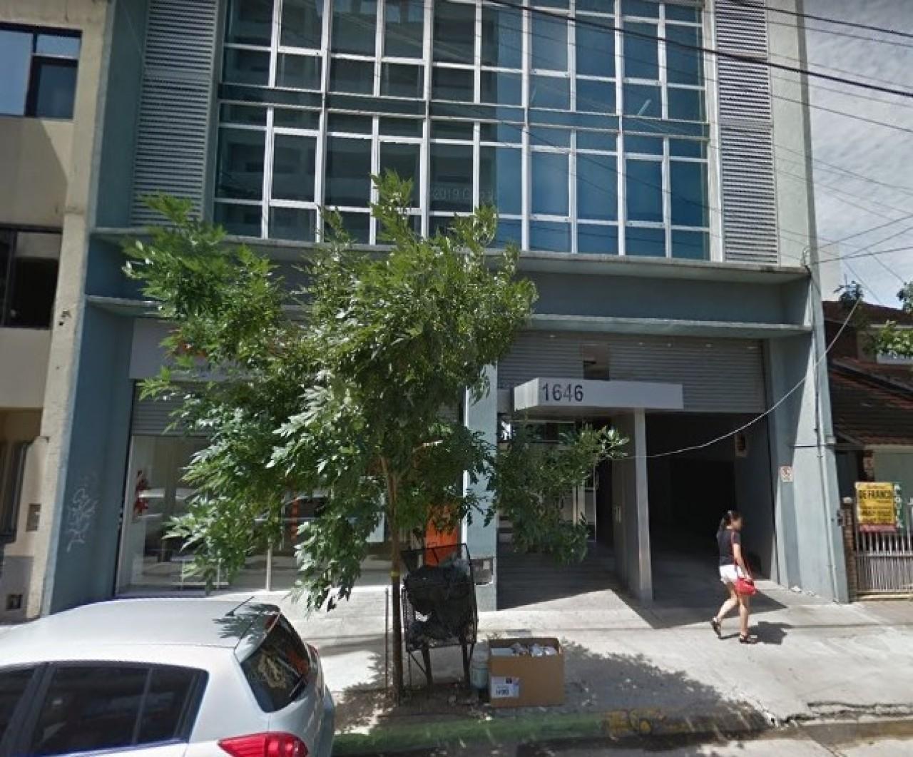 ### OFICINA 50m² / ALQUILER EN CENTRO DE SAN MIGUEL - EDIFICO PAUNERO BLUE (p1646) ###