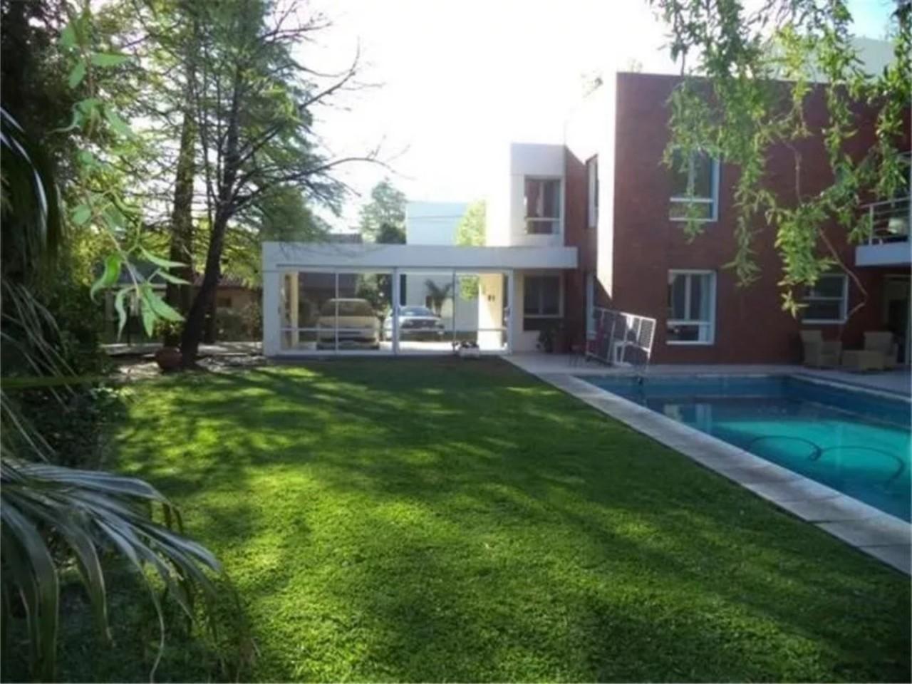Casa en Venta - Santa Fe 2800 (Bella Vista)